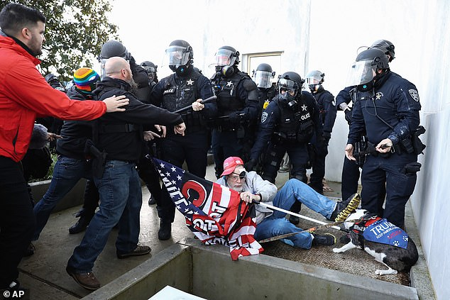 Lawmaker filmed 'letting right-wing demonstrators storm Oregon Capitol' is charged, Swahili Post