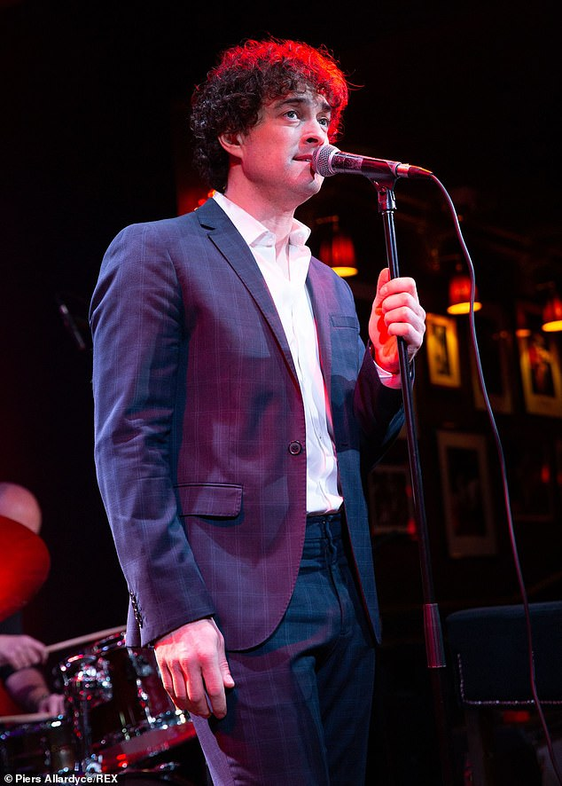 Ex: She also said that her daughter Betsy, 10, whom she shares with her ex-husband Lee Mead [pictured], was `` desperate '' for them to get married as soon as possible