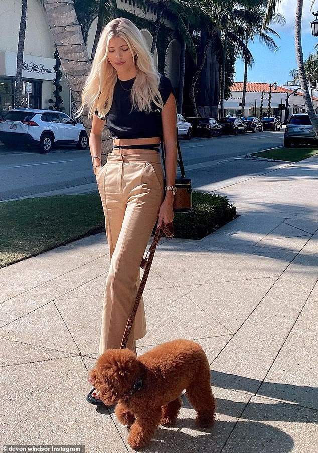 Fashionista: The model, 26, paired a black short-sleeve crop top by Orseund Iris with two-tone cropped flares by Jonathan Simkhai, and she strode out in a pair of Chanel sandal flats