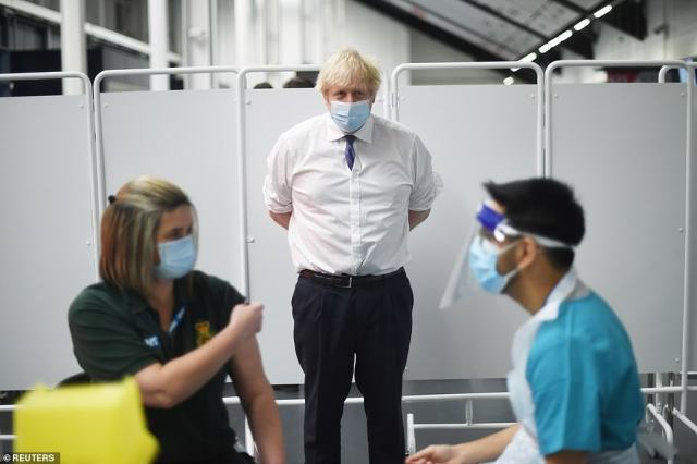 Boris Johnson is under pressure frommembers of the Sage scientific advisory panel to increase the social distancing gap to stop the spread of coronavirus