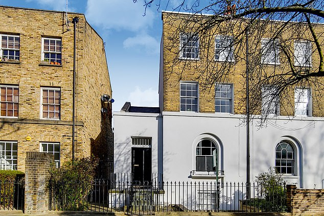 This one-bed property in Hackney, London is on sale with Winkworth for £475000