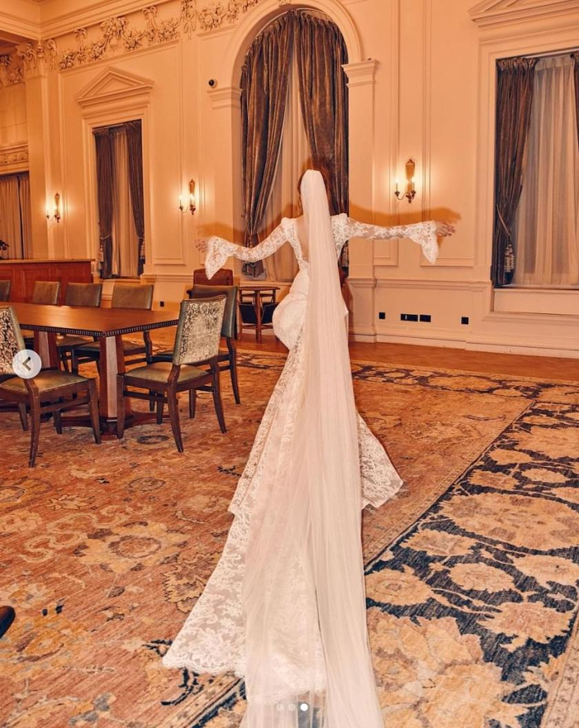 Bridal style: Emma looked breathtakingin a bespoke Pronovias Atelier gown lace gown