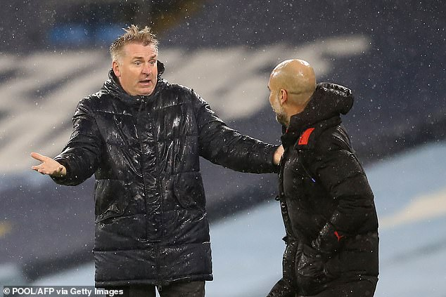 Smith (L) claimed he told the fourth official that the referees had 'juggling balls for Christmas'