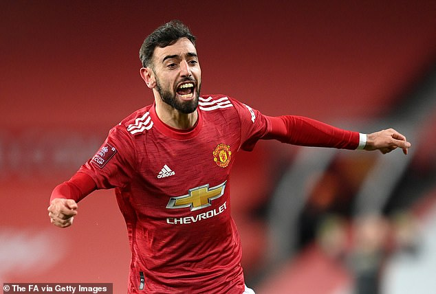 Fernandes reiterated that he is living his 'dream' playing for United and praised his teammates