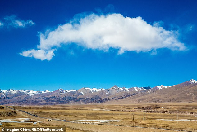 Tibetan Plateau, also known in China as the Qingha. Low-frequency sound waves aimed at a cloud could help to increase rainfall and alleviate drought in otherwise dry areas, according to a team of Chinese scientists