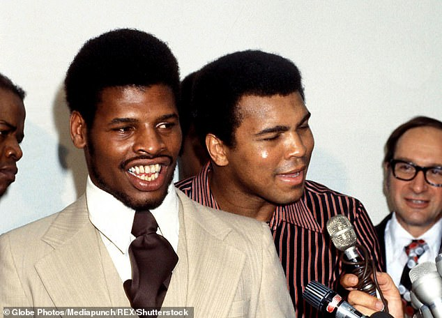 Former world heavyweight boxing champion Leon Spinks (left) has passed away aged 67