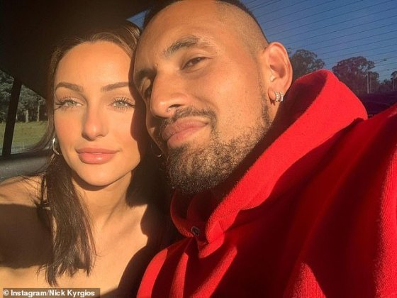 Ms. Passari Ms. Passari started dating back to the middle of last year, which the tennis player had confirmed through a series of Instagram gushing posts