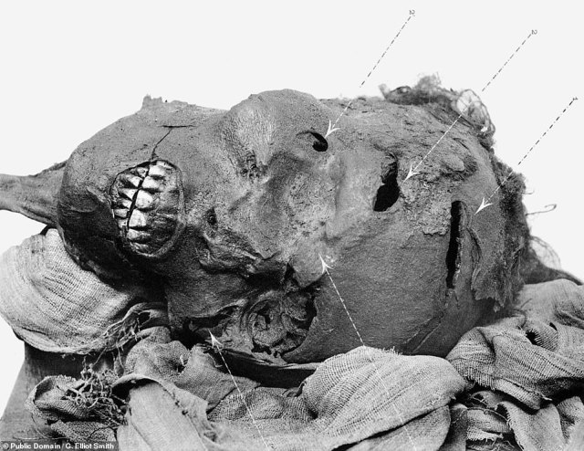 The manner of Pharaoh Seqenenre Tao's death has been a subject of debate since he was discovered in 1881, as visual inspections and an X-ray examination back in the 1960s all indicated that the pharaoh had suffered a number of severe injuries to his head, pictured