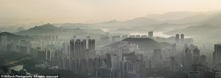 Advancing Horizons is one hefty tome, with a width of one metre (3.2ft). This epic picture shows the city of Shenzhen in China
