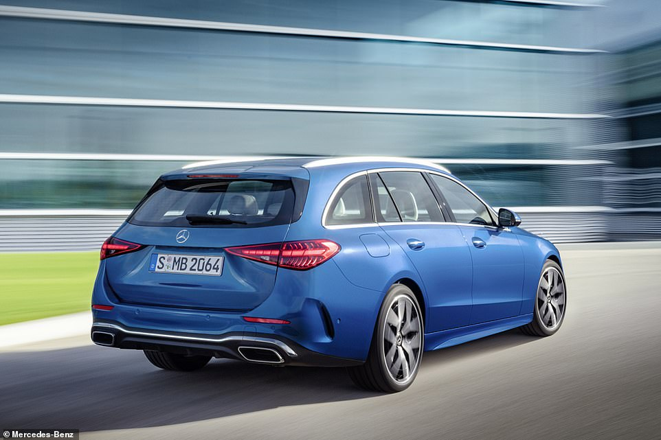 While the saloon model has a 455-litre boot, with the rear seatbacks up the Estate offer 490 litres of space. Flatten the seats down and that increased to 1,510 litres