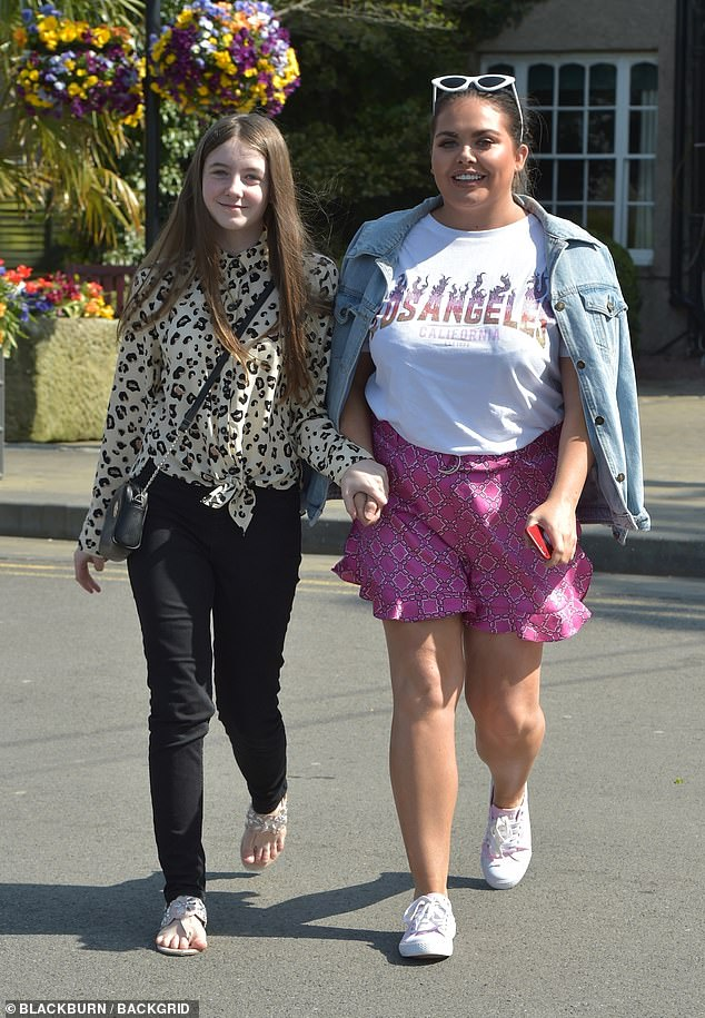 Siblings: Scarlett, who has a sister, Ava-Grace, 14 said: ' I've cried more about the fact that my little sister can go back to school than I have about nightclubs opening'(pictured together)