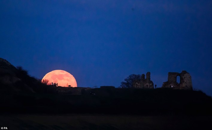 The snow moon rises behind Sandal Castle in Wakefield. It should be possible to also view the planet Mars during the Snow Moon, depending on cloud cover. It appears on the west-southwestern horizon appearing as a bright dot in the sky near Orion's Belt