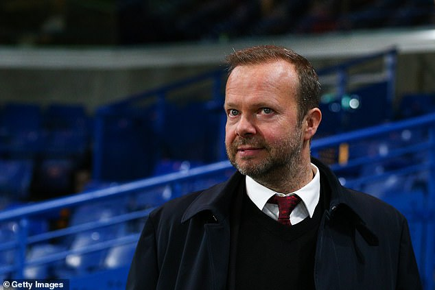 However, the Red Devils phoned the Norwegians an hour late due to a mix-up with timezones
