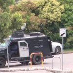 Kotara, Newcastle six-hour siege after alleged kidnapping from Armidale leads to a man on the run