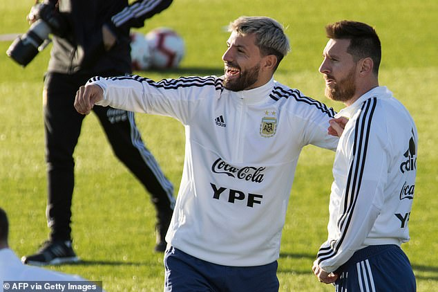 They hope signing the striker could also convince his compatriot Lionel Messi (right) to stay