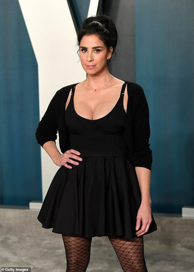 Is it too late now to ask for forgiveness?  Sarah Silverman issued a long and heartfelt public apology to Paris Hilton on the latest episode of The Sarah Silverman Podcast for cruelly taunting her to the face at the 2007 MTV Awards.