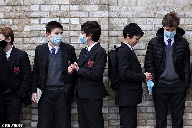 Gavin Wiliamson denied pupils face chaos over mask and testing rules tomorrow as they finally get back to classrooms
