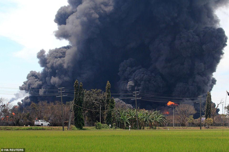 The sprawling refinery is about 200 kilometres (120 miles) east of the capital Jakarta and processes crude oil from the Duri and Minas fields in Riau province and supplies fuel to the capital and the western regions of Java island