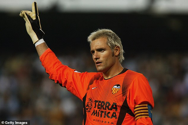 Santiago Canizares missed the 2002 World Cup after severing a tendon on a broken bottle