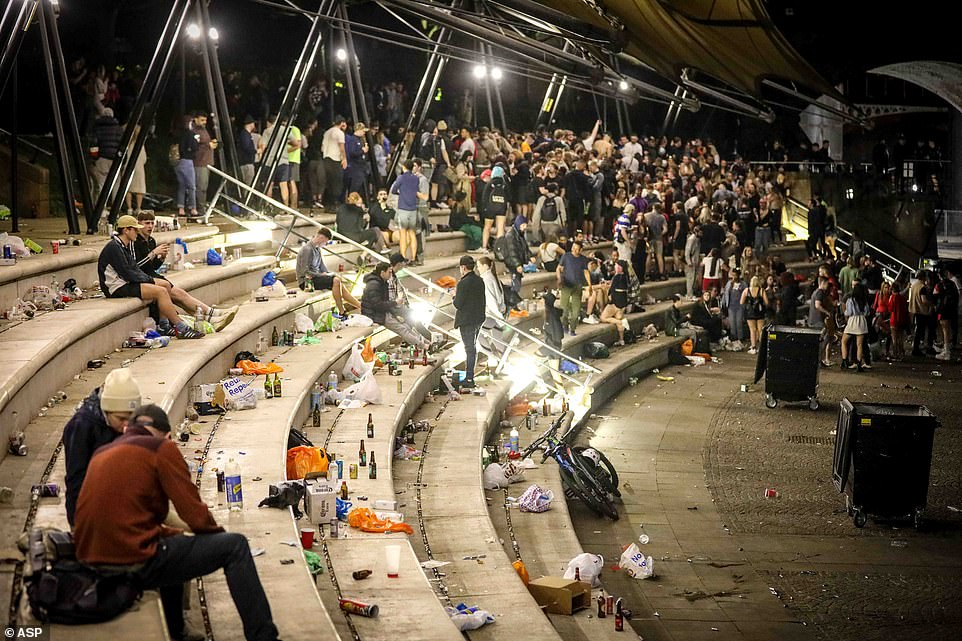 Hundreds of revelers attended a massive illegal rave last night in the Castlefield Bowl, Manchester City Centre