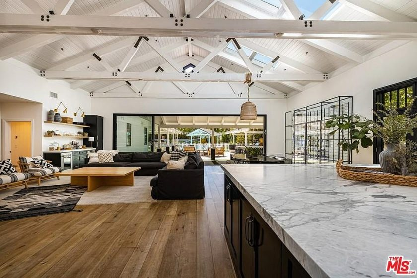 Haack, who has returned to using her maiden name, has upgraded the residence to have what's described as a 'modern farmhouse theme' with raised ceilings and exposed rafters
