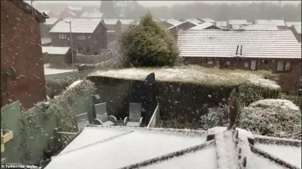 OLDHAM: Houses in Oldham covered in snow this morning as temperatures plummet sharply across the country on Easter Monday