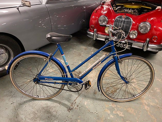 Princess Diana's beloved 1970s blue bike, which she used to pedal around London as a single woman, is expected to fetch £20,000 at auction