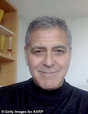 In the motion picture, Clooney and Roberts play a former couple who are looking to help guide their daughters from making the mistakes they did in their relationship