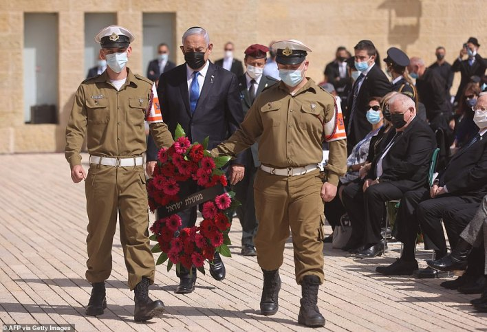 Israeli Prime Minister Benjamin Netanyahu attends a wreath-laying ceremony marking the Holocaust Remembrance Day at Warsaw Ghetto Square in Jerusalem's Yad Vashem memorial on April 8, 2021