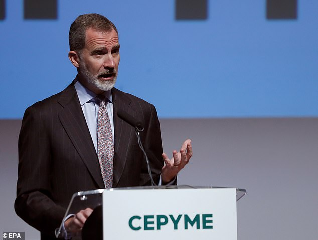 Felipe showed off his chic silver beard as he chaired theseventh Confederation of Medium and Small Enterprises (CEPYME) awards ceremony at Reina Sofia Museum