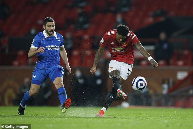 He warned the current United No 10 that he must improve his concentration in front of goal