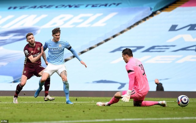A last gasp Stuart Dallas strike saw Man City handed their third league defeat in a thrilling contest at the Etihad Stadium