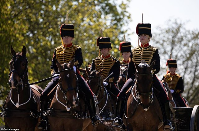 The King's Troop, Royal Horse Artillery enter into Windsor Castle