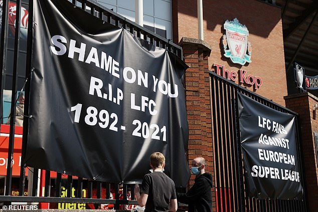 """One of them said, """"Shame on you.  RIP LFC 1892-2021 'while another said' LFC fans vs European Super League '"""