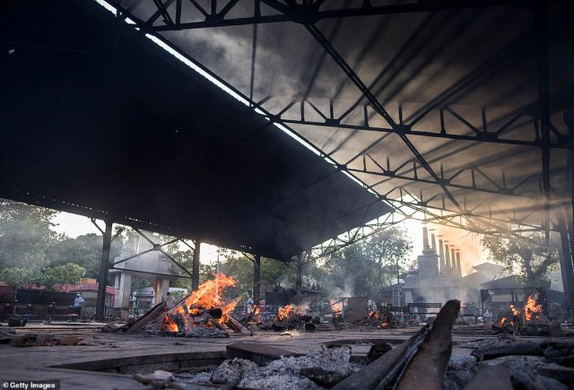 Burning pyres of patients who died of Covid-19 at a crematorium in Delhi over the weekend. The city of 29 million people has fewer than 100 beds with ventilators, and fewer than 150 beds available for patients needing critical care
