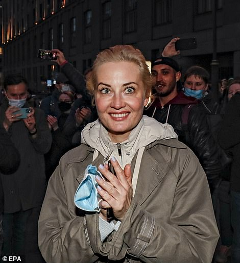 Protesters in central Moscow chanted, 'Freedom to Navalny!' and 'Let the doctors in!'. Navalny's wife Yulia joined the rally in the capital, where demonstrators chanted her name