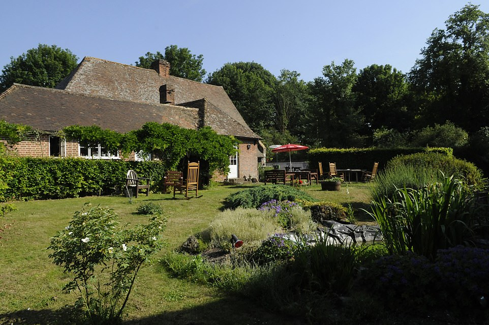 The Griffins Headhas a 'lush green garden, pretty views and a tranquil pond to complete the picture-perfect country pub scene'