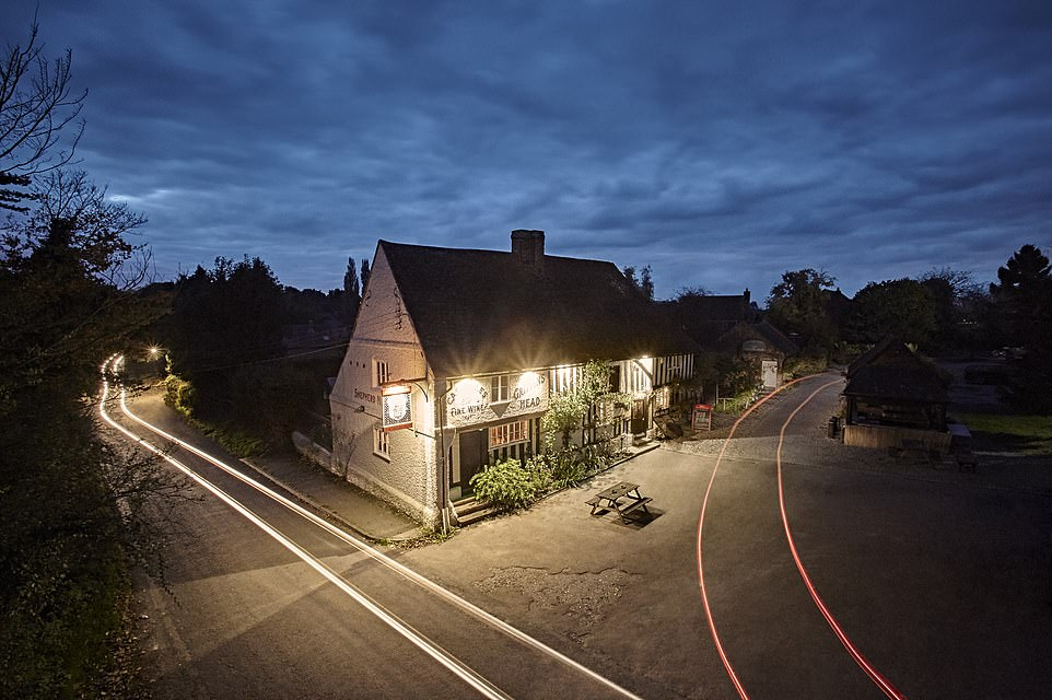 The pub was originally built as a farmhouse in 1286. It offers'classic Kentish ales, wines, spirits and more'
