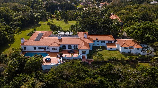 Sigrist House is the former residence and estate of King Edward VIII of England, where he and his wife, socialite Wallis Simpson lived during his first years as The Governor of the Bahamas