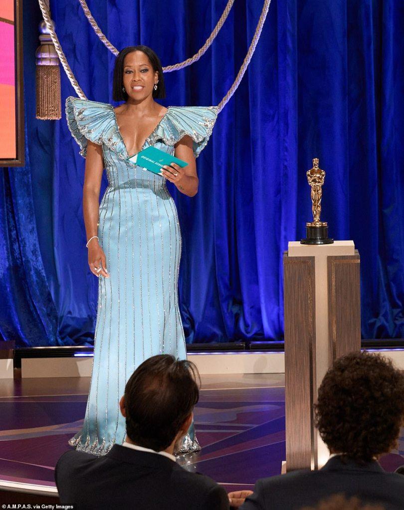 Beautiful in blue: Regina stunned in a light blue gown