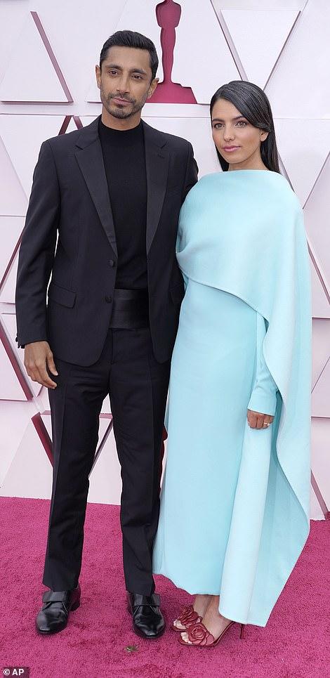 Riz wore a Prada suit while Fatima chose a Valentino gown