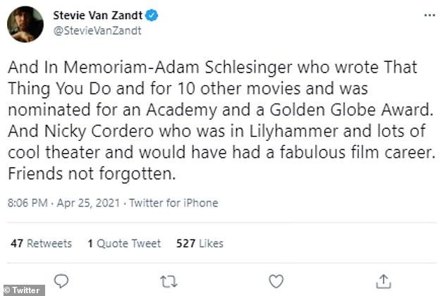 A number of people, includingStevie Van Zandt, notedSchlesinger's abscence