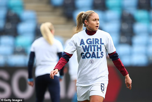 Manchester City star Houghton claims her England team-mates have suffered online abuse