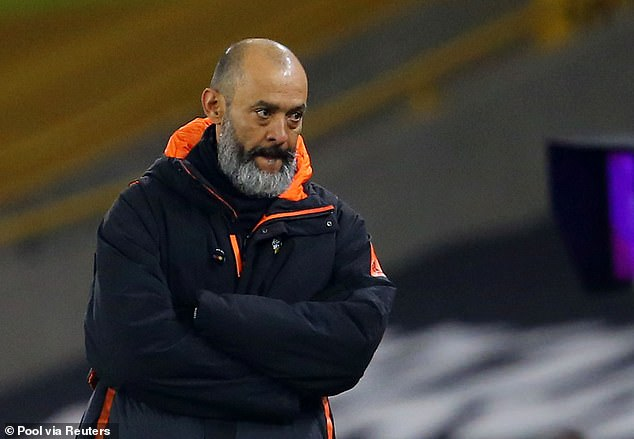 Nuno Espirito Santo says players should take the knee for more than five seconds next season