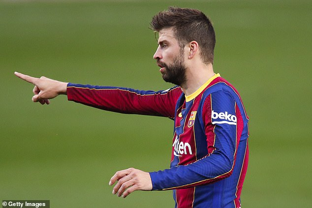 Barcelona can move ahead of leaders Atletico Madrid if they beat them on Saturday