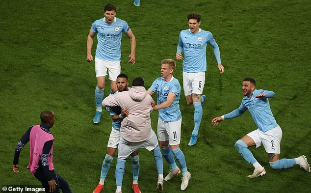 Riyad Mahrez scored a crucial free-kick as City won the first-leg 2-1 at Le Parc des Princes