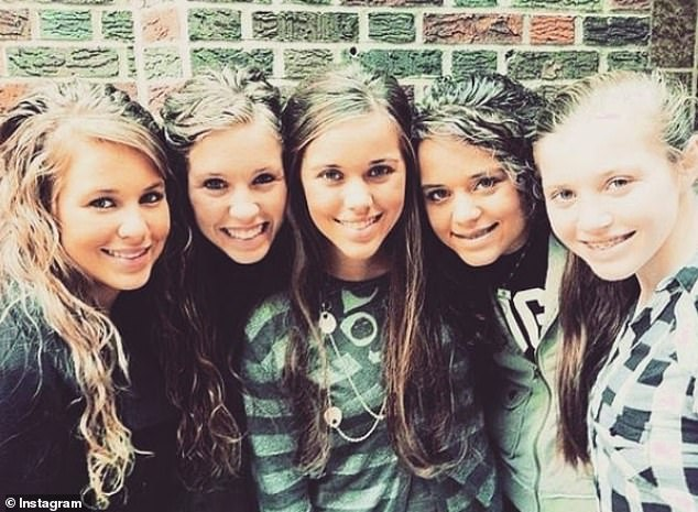 Competition: Jinger (second from right) desperately compared herself to other girls, speculating that more people would like her if she were 'skinny'