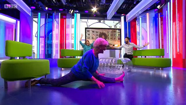 Angela Rippon finishes The One Show with the splits