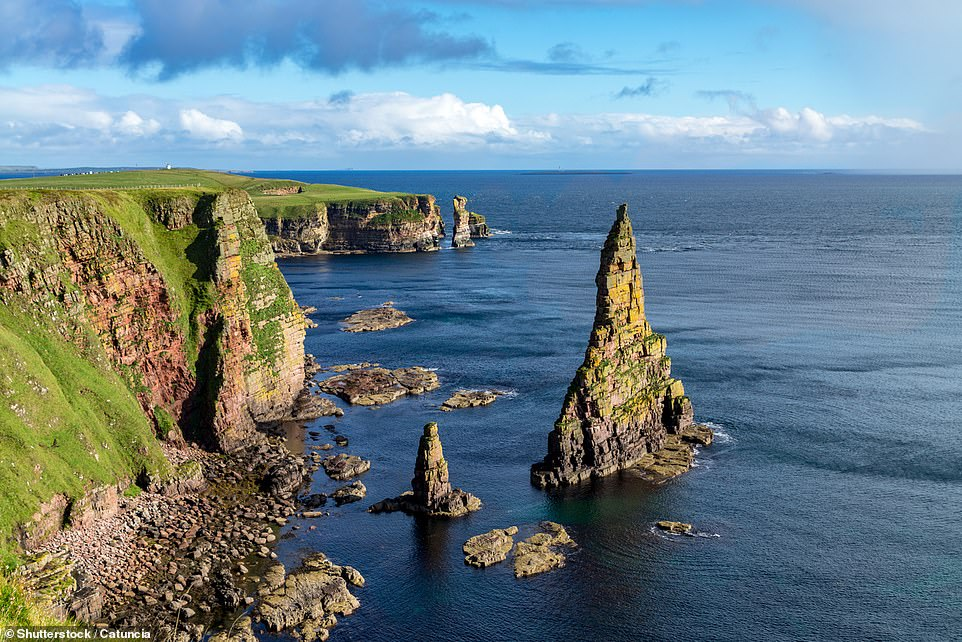 If you venture to the most northeastern point of mainland Britain, to Duncansby Head, west of John O'Groats, you'll find these beautiful sea stacks just off the coast. These pyramid-shaped spires rise 200ft (60m) above the North Sea