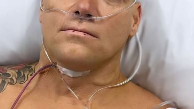 Olympic gold medallist Michael Klim, 43, has a cyst removed from his throat at a cancer hospital